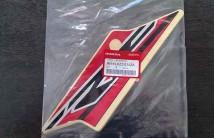 Sticker Rear Left Shroud